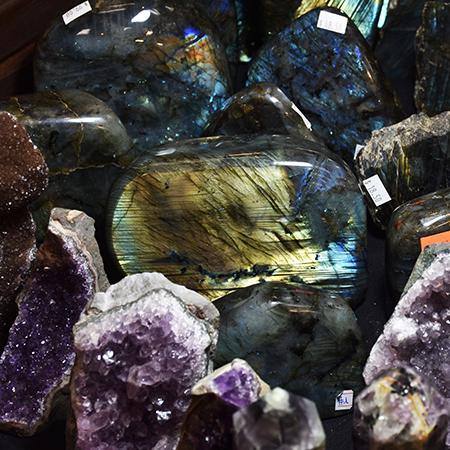 Hunting Rocks & Gems in Lexington - The Flying Mantis